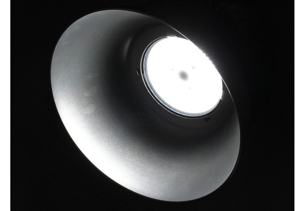 โคมไฮเบย์ led iwachi ufo 100w วอร์มไวท์
